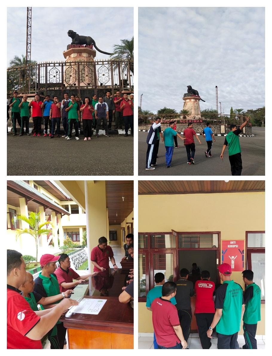 Jalan Sehat Bersama Warga Pengadilan Negeri Kutai Barat