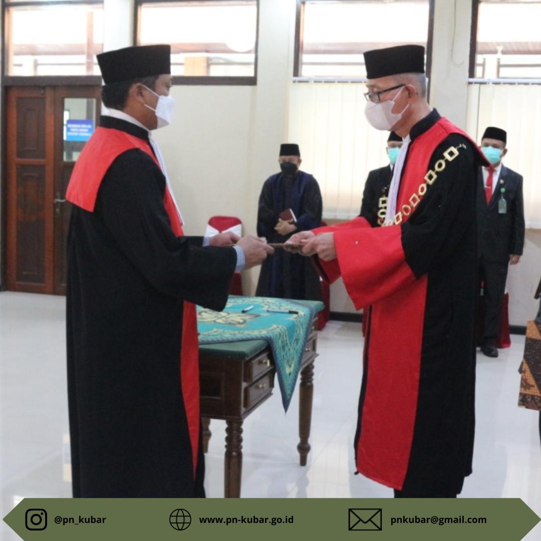Pelantikan dan Serah Terima Jabatan Ketua Pengadilan Negeri Kutai Barat
